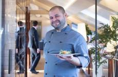 Stefano Mattara, classe 1982, dal 2018 è chef al ristorante Sottovoce dell'hotelVista Palazzo Lago di Como, nel capoluogo lariano