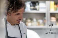 Enzo di Pasquale (noi l'avevamo conosciuto qui: L'Abruzzo fusion di Enzo Di Pasquale) tornerà presto con il suo nuovo ristorante, Aprudia, a Giulianova. Doveva aprire ad aprile, l'emergenza Covid-19 ha rallentato il progettoma non l'ha fermato