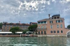 L'Hotel Belmond Cipriani di Venezia, indirizzo Giudecca 10.Fondato nel 1956 da Giuseppe Cipriani, oggi include 96 camere e suite
