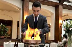 Roberto Pennacchiotti,maîtreromano di Sabatini a Firenze, ristorante condue stelle Michelin nel 1962. Dopo un lungo anonimato,un anno faha cambiato proprietà. Ora è in mano all'albaneseJulian Golemi(foto di Chiara Aiazzi)