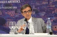 Il presidente di Assoenologi Riccardo Cotarella ha scritto al governo: servono subito interventi