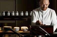 Alfio Ghezzi ha aperto a fine 2019 il suo nuovo Senso - Alfio Ghezzi, ristorante gastronomico all'interno del Mart di Rovereto, dove ha creato anche un Alfio Ghezzi Bistrot
