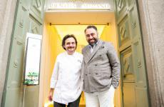 Antonio Zaccardi e Antonello Magistà sulla soglia dell'Hub di Identità Golose Milano