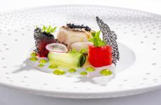 Dentice, anguria, menta e caviale: il piatto dell'estate di Gaetano Trovato(tutte le foto sono di Emanuele Minerva)