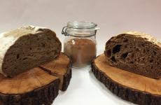 Il pane ottenuto daStefano Basellousando (anche) farina di corteccia interna