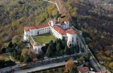 Uno splendido luogo per un evento pieno di cultura e di golosità: il Castello di Masino si trova a Caravino (Torino), a poca distanza da Ivrea (foto Franco Bello)