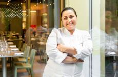 Caterina Ceraudo nella sala ristorante di Identità Golose Milano, dove il suo menu sarà protagonista fino a sabato 30 marzo.Per informazioni e prenotazioni,consultare il sito ufficiale(tutte le foto di Onstage Studio)