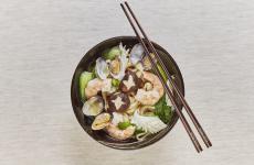 Lamian in brodo ai frutti di mare: il piatto dell'inverno di Zhang Guoqing(ph©danielemari)