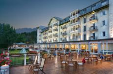 Il Cristallo di Cortina, un indirizzo mitico e ricco di storia, risorto più volte dalle proprie ceneri. Ora è un magnifico 5 lusso dellaThe Luxury Collectione offre anche un'interessante proposta gourmet