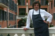 Fulvio Pierangelini in un recente scatto all'Hotel Savoy di Roma, struttura del gruppo Rocco Forte del quale in grande chef cura l'offerta ristorativa