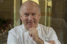 Gaetano Trovato, classe 1960, è un cuoco che ha fatto scuola,allevando intere generazioni di chef, daNino Di CostanzoaEugenio Boer, adAurora Mazzucchelli…