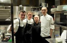 Lo staff dell'Iyoalla fine di una nostra recente cena:Michele Biassoni,Claudia Del Frate, Haruo IchikawaeMasaki Okada(foto Tanio Liotta)