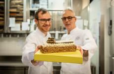 Andrea Marchettie Gianni Zaghetto con la torta Lingot. Foto Alberto Salata