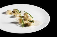 Dopo la mareggiata: Gnocchi di topinambur con arselle e semi di zucca: la ricetta primaverile di Valentino Cassanelli