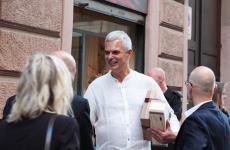 Pietro Leemann, 58 anni. AprìJoiaAlta Cucina Vegetaleil 29 settembre 1989. E' l'unica stella Michelin di cucina veg in Italia