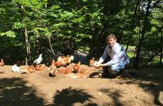 Con Cesare Battisti del Ratanà, a scoprire le Uova di Selva dell'azienda agricola La Gramola, in Valtellina