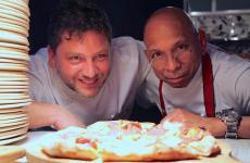 Giuseppe Maglionee Wicky Priyan. La loro collaborazione ha dato origine a una serata speciale, nel locale del primo, il Daniele Gourmet - Pizza & Cucina ad Avellino