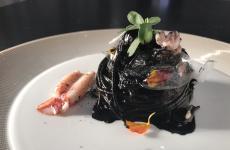 Mare di plastica, il piatto presentato da Gianfranco Pascucci(Pascucci al Porticciolo, Fiumicino, Roma) nella sua trasferta a Identità Golose Milano