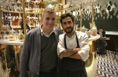 Mario Peqini, a destra, con Enrico Di Trapani, suo socio nel nuovo La Cage, ristorante-cockteleria-pasticceria di Palermo
