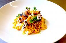 Tagliolini al ragù di pesci di lago con salsa di zenzero e mandorledi Vittorio Fusari, piatto delmese di EastLombardy