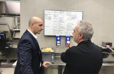 Federico Zanasi e Ferran Adrià discutono del menu, sulla lavagna, nella cucina del Condividere, il loro ristorante che aprirà a Torino, l'8 giugno, all'interno della Nuvola Lavazza