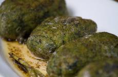 I Malfatti della Trattoria Al Bianchi di Brescia:gnocchi di patate e spinaci, conditi con burro e salvia