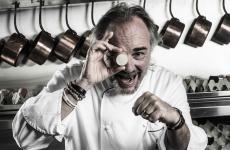 Marco Sacco, classe 1965, è lo chef del Piccolo Lago, affacciato sul Lago di Mergozzo (le foto sono di Adriano Mauri)