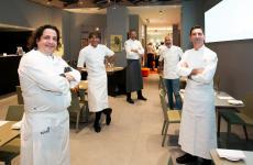 Insieme ad Andrea Ribaldone, coordinatore delle cucine dell'Hub, i protagonisti della prima serata della nuova stagione di Identità Golose Milano