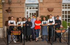 La squadra di Chinappi, a Roma. L'equilibrio tra patron Stefano Chinappi e chef Federico Delmonte crea un mix spettacolare