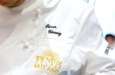 Oliver Glowig è a Identità Golose Milano ancora per tre cene, fino a sabato (per info e prenotazioniclicca qui). Tutte le foto sono di Sonia Santagostino-OnstageStudio