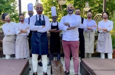 Lo staff al completo dell'Osteria Billis di Tortona, una delle insegne protagoniste di questo progetto