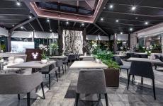 La sala diWhite, neonato ristorante e lounge bar a Limone Piemonte (Cuneo)