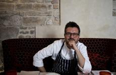 Rocco De Santis è lo chef delSanta Elisabetta,ristorante gourmet del lussuoso hotelBrunelleschia Firenze