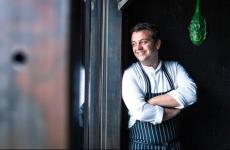Alexandre Gauthier, 40 anni, chef deLaGrenouillère aMadelaine-sous-Montreuil, 2 stelle Michelin nel nord della Francia. Il cuoco firmerà 4 cene all'Hub di Identità Golosein via Romangosi 3, Milano, da mercoledì 5 a sabato 8 giugno.Per prenotazioni, clicca qui
