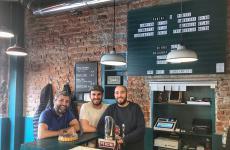Da sinistra: Vincenzo Critelli, Sebastiano Corno e Pietro Caroli. I tre soci fondatori di Fratelli Torcinelli, a Milano in Corso di Porta Vigentina 38