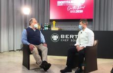 Enrico Bartolini e Paolo Marchi, faccia a faccia, per l'intervento dello chef toscano a Identità Golose On The Road