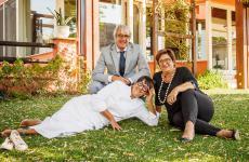 Isa Mazzocchi con il maritoRoberto Gazzola e la sorellaMonica Mazzocchi. Hanno festeggiato da pochi giorni i 30 anni del loro ristorante La Palta, nel Piacentino. Tutte le foto sono di Stefano Caffarri