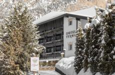 L'hotel Tyrol innevato