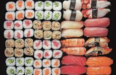 In this article Stefania Viti, an expert on Japan and Japanese cuisine, tells us all the secrets to recognise the best sushi and eat it in the best way