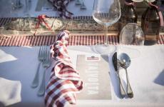 La tavola imbandita di Talvolta, novità proposta quest'anno dagli organizzatori di Scamporella, ospitata dall'azienda agricolaTerre Giunchi